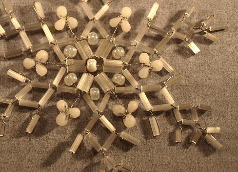Новогодние сувениры из бисера
