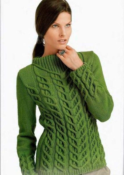 Красивые вязанные свитера женские